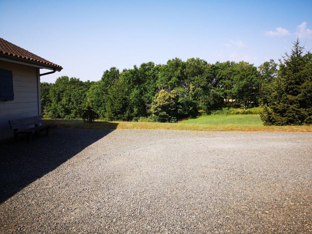 Aire camping-car à Figeac (46100) - Photo 3